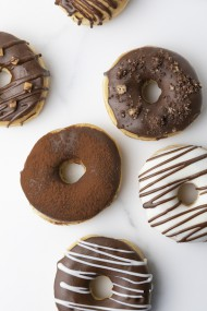 Chocolade Mix Donuts bezorgen in Almere