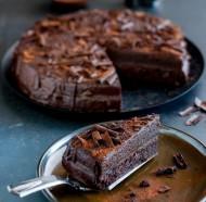 Chocolate truffle cake bezorgen in Aagtekerke