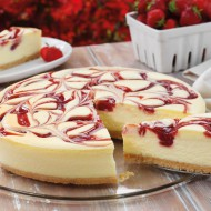 Gluten free strawberry swirl cheesecake bezorgen in Amsterdam