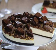 Gluten free triple chocolate cheesecake bezorgen in Leiden
