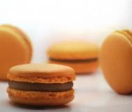 Passievrucht Macarons bezorgen in Den-Haag