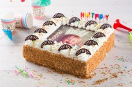 Verjaardagslagroomtaart bezorgen in Almere